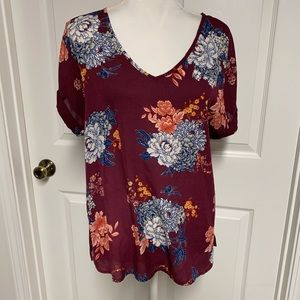 AUW Floral Top Size Large